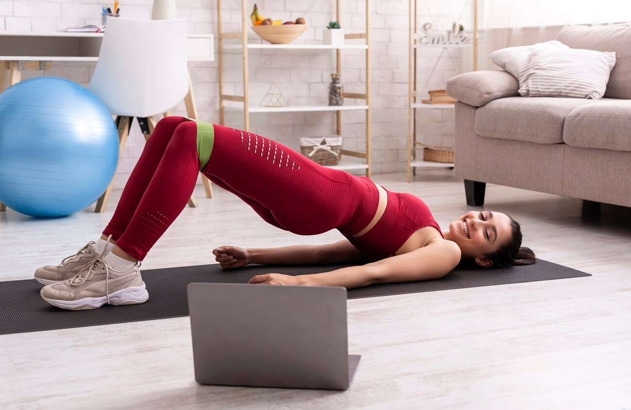 pilates online kurs zu hause trainieren - anja auer fitnesstrainer